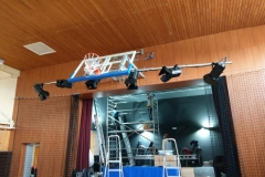 X gram montaža LED reflektorjev za frontalno osvetlitev